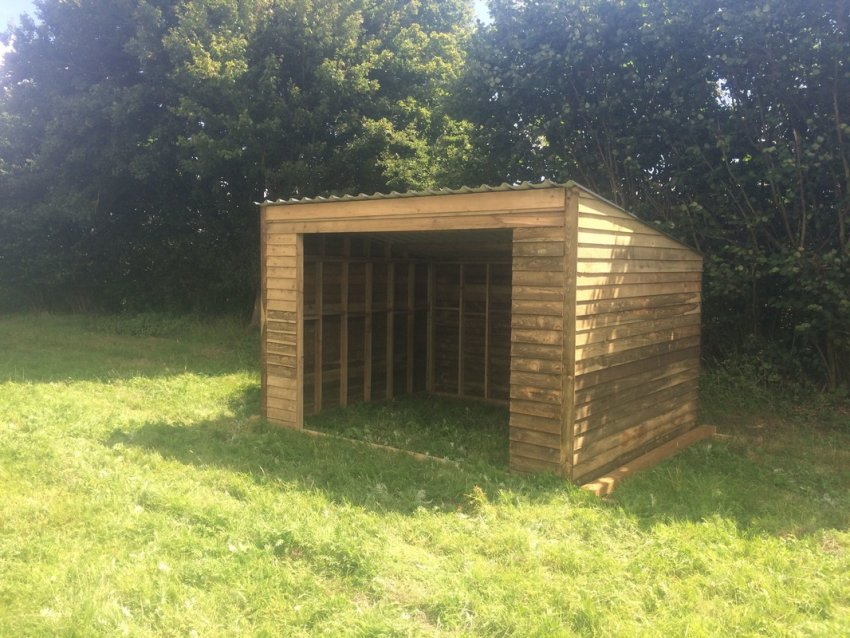 Equine Field Shelters Weavo Fencing Products Ltd